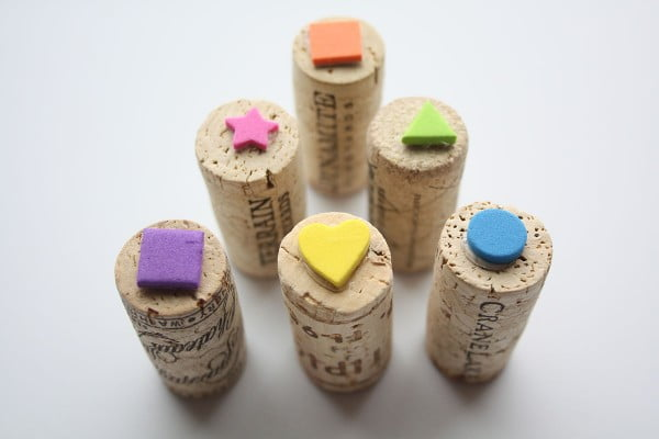 DIY WINE CORK STAMPS #DIY #craft #winecork