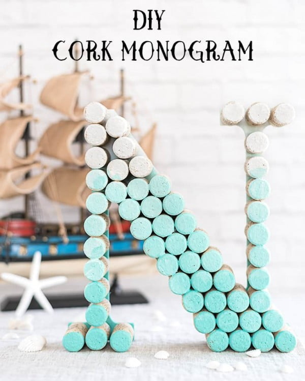 DIY Ombre Cork Monogram Letter Tutorial #DIY #craft #winecork
