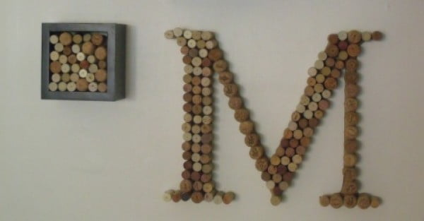 DIY Projects: Wine Cork Monogram #DIY #craft #winecork