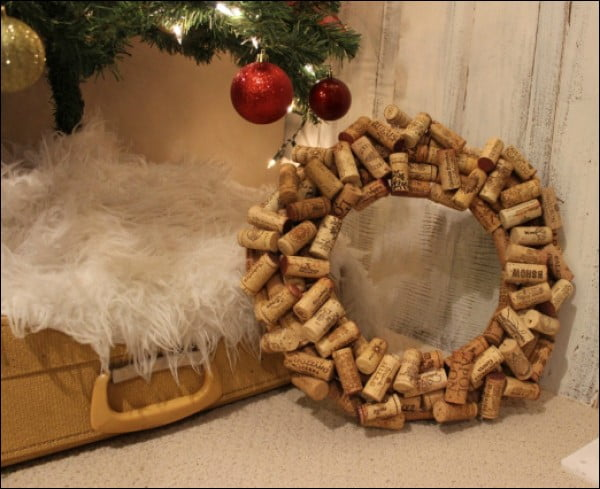 DIY: How to Make a Wine Cork Wreath #DIY #craft #winecork