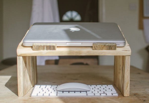 How To Make A Pallet Wood Laptop Stand