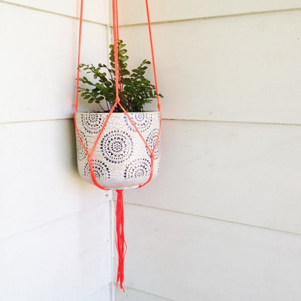 DIY: Macramé Pot Plant Hanger